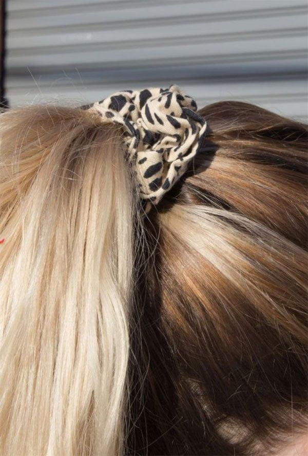 Scrunchie mit Leopardenmuster von Brandi Melville (Hey Pretty Fashion Flash)