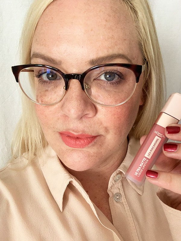 L'Oréal Infaillible Les Macarons Ultra Matte Liquid Lipsticki in Guava Gush (Swatched by Hey Pretty Beauty Blog)