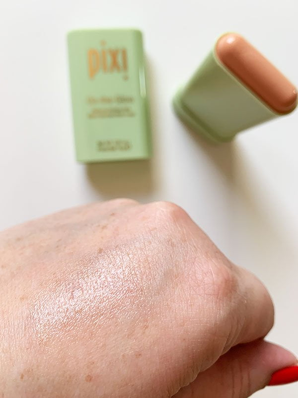 Swatch: Pixi On-The-Glow Moisture Stick (Hey Pretty Beauty Blog Review)