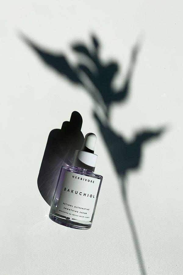 Hey Pretty Beauty-ABC: Bakuchiol, das Pflanzen-Retinol und Produkte, die diese Power-Ingredienz beinhalten (Hey Pretty Beauty Blog)