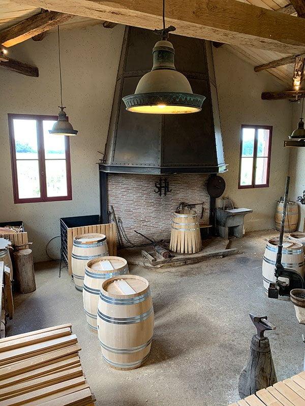 Weinfass-Produktion auf dem Weingut Chateau Smith Haut Lafitte (Spa Review Les Sources de Caudalie): Reisebericht auf Hey Pretty