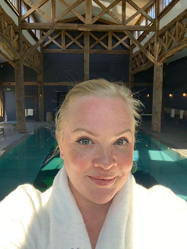 Indoor Pool in Les Sources de Caudalie, Bordeaux (Frankreich) – Spa Review auf Hey Pretty Beauty Blog