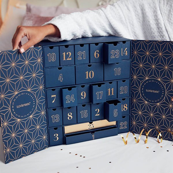 Lookfantastic Advent Calendar 2019 (Die besten Beauty Adventskalender 2019 auf Hey Pretty Beauty Blog)