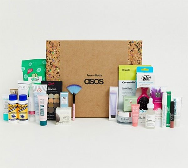 ASOS Face & Body Adventskalender 2019, open (Die schönsten Beauty-Adventskalender 2019 auf Hey Pretty)