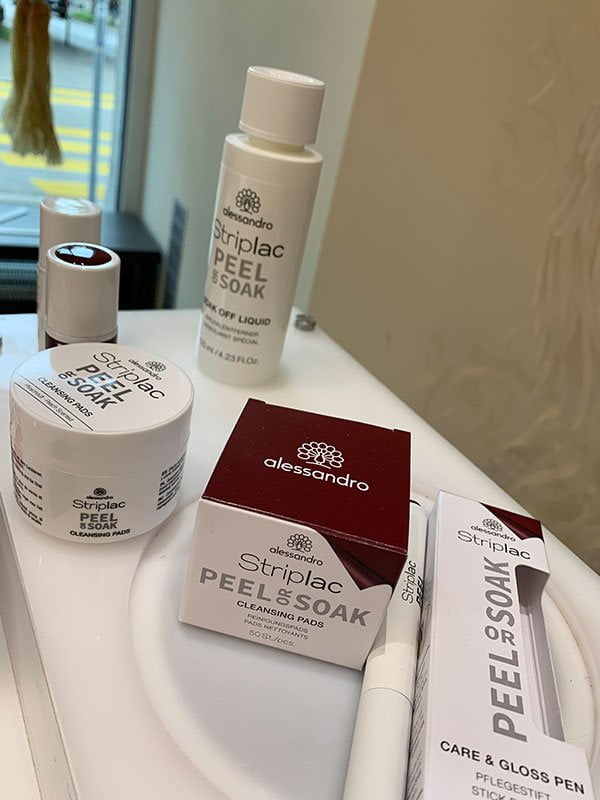 Review des neuen Alessandro Striplac Peel or Soak Systems (2019) auf Hey Pretty Beauty Blog