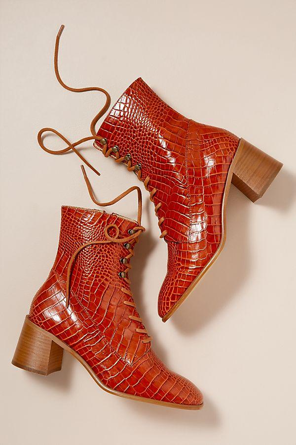 E8 Miista Emma Heeled Boots von Anthropologie (Hey Pretty Fashion Flash)