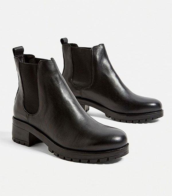 Mac Chelsea Boot von Urban Outfitters (Die besten Boots im Hey Pretty Fashion Flash)