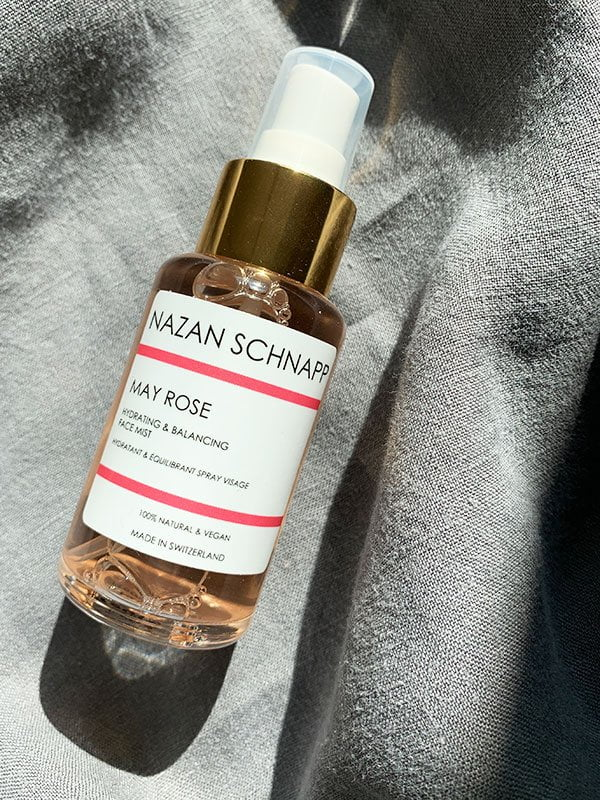 Review Nazan Schnapp May Rose Hydrating & Balancing Face Mist (Hey Pretty Beauty Blog Erfahrungsbericht) – Natural and Vegan Skincare from Switzerland