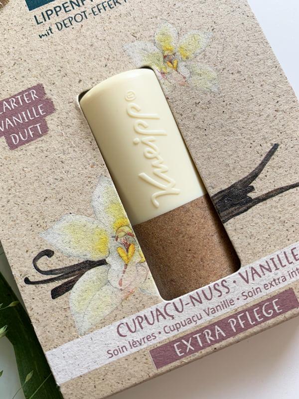 Kneipp LIppenpflege mit Cupuaçu-Nuss und Vanille (Hydro Pflege) Kneipp Lippenpflege-Verlosung auf Hey Pretty Beauty Blog