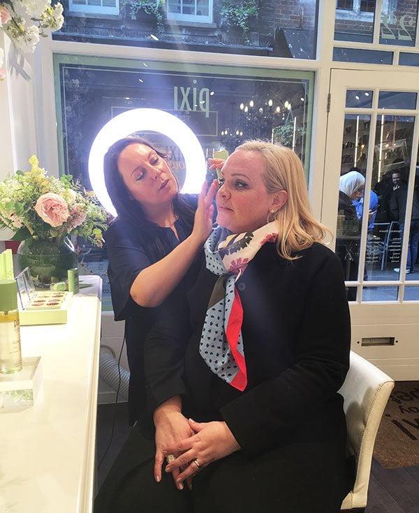 Pixi Glowy Make-Up Look mit Amanda Bell (Pixi Store in London) und Hey Pretty