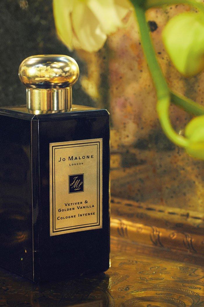 Jo Malone London Vetiver & Golden Vanilla Cologne Intense: PR Image 2020, Copyright Jo Malone London (Duft-Review auf Hey Pretty)