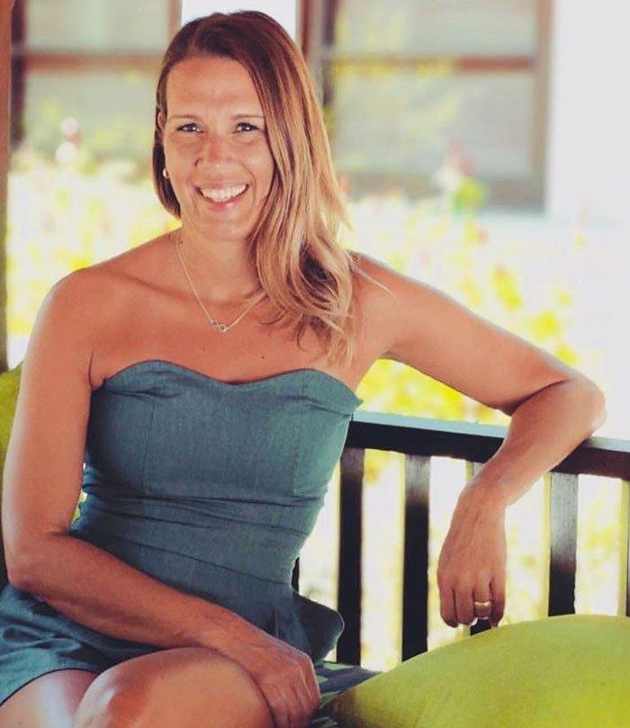 Show Me Your Badezimmerschränkli: Bianca (Hey Pretty Beauty Blog-Serie: Top Shelf von Blogleserinnen, die ihre Pflegeroutine vorstellen)