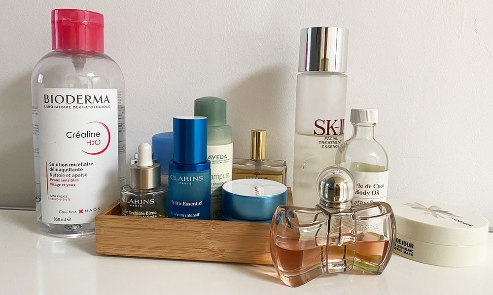 Show Me Your Badezimmerschränkli: Julia (Hey Pretty Beauty Blog Top Shelf Beautyserie – echte Lieblingsprodukte)