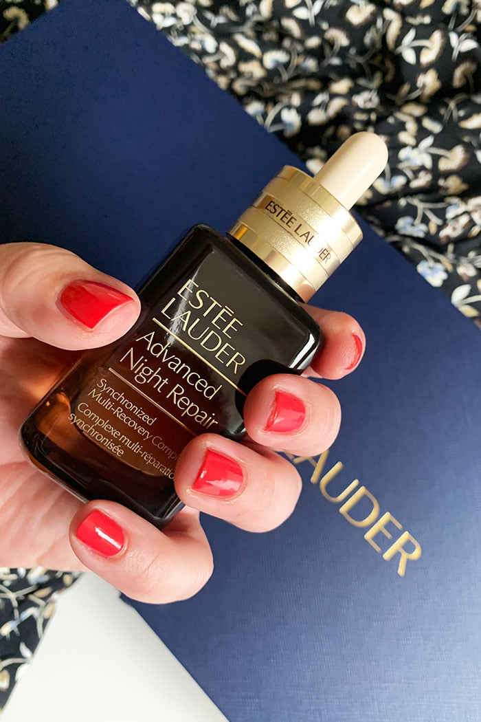 Review zum frisch formulierten Advanced Night Repair Synchronized Multi-Recovery Complex von Estée Lauder (Launch im August 2020)