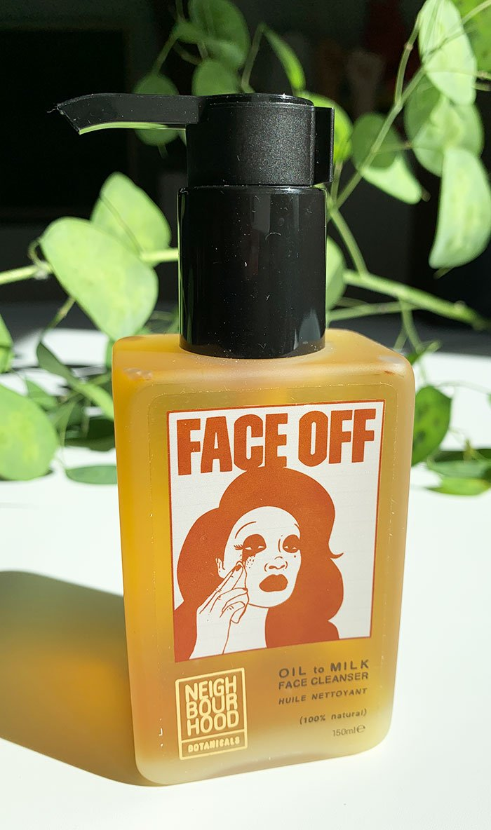 FACE OFF Oil to Milk Face Cleanser von Neighborhood Botanicals Gesichtspflege: Review auf Hey Pretty Beauty Blog Schweiz