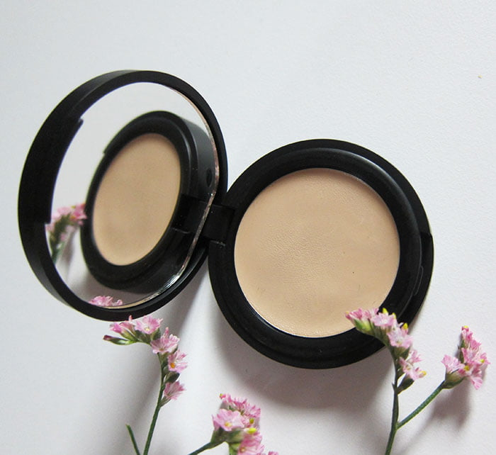 NUI Cosmetics Cream Concealer (Hey Pretty Beauty Blog Erfahrungsbericht der veganen Naturkosmetik Make-Up Marke aus Berlin – mit Kultkosmetik.ch)