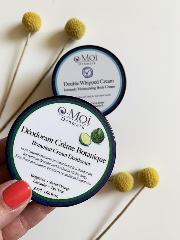 Hey Pretty Review o.Moi Skincare Organic The Curated Skin Déodorant Crème Botanique