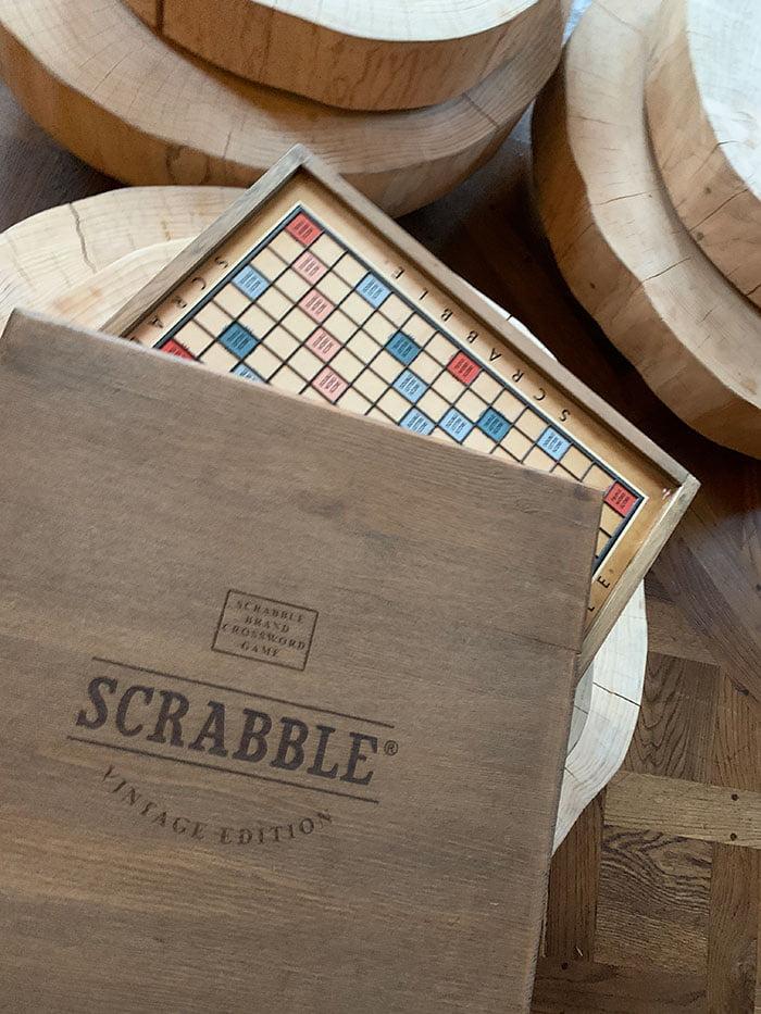 Scrabble, anyone? Game Room im Le Grand Bellevue Gstaad, Erfahrungsbericht auf Hey Pretty Schweiz