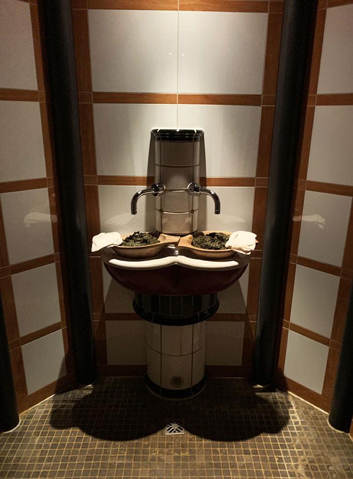 Rhassoul im Private Spa des Le Grand Bellevue Gstaad (Spa Review auf Hey Pretty Beauty Blog: Die besten Spas der Schweiz)