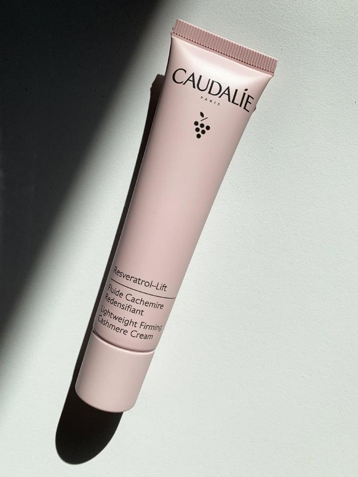 Hey Pretty Review Caudalie Resveratrol-Lift Fluide Cachemire Redensifiant