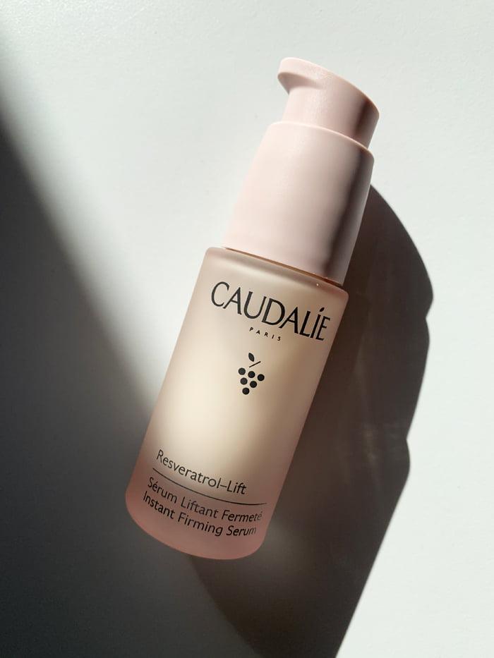 Hey Pretty Review Caudalie Resveratrol-Lift Sérum Liftant Fermeté