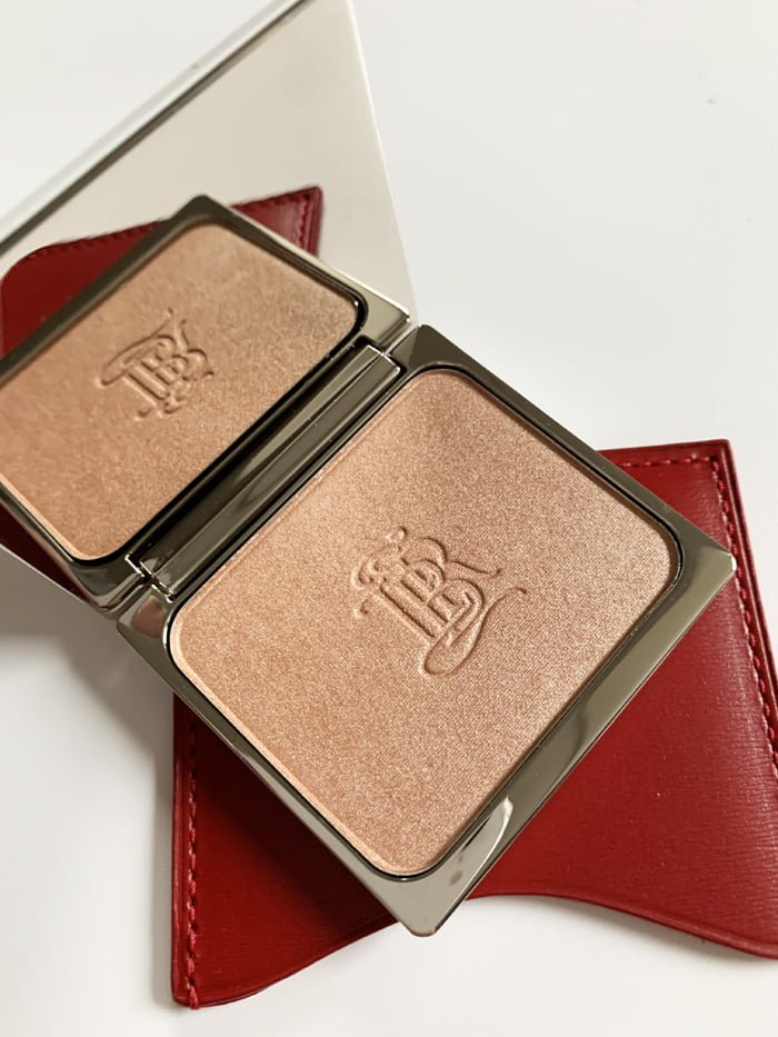 Hey Pretty Review La Bouche Rouge La Lumière Highlighter