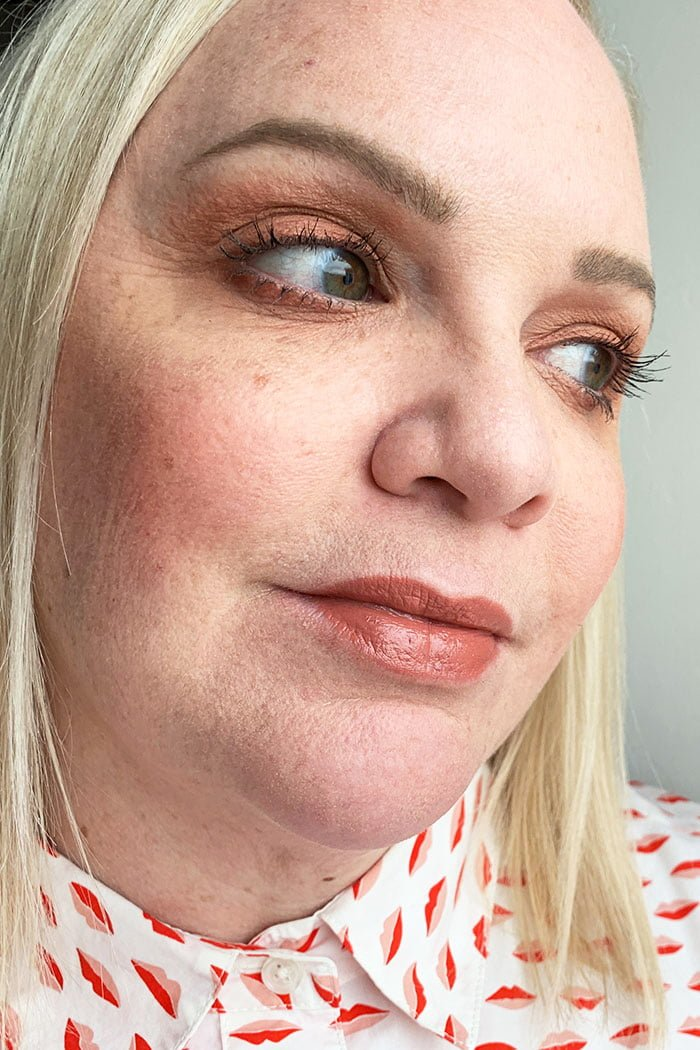 Hey Pretty Review La Bouche Rouge Nude Brown Swatch