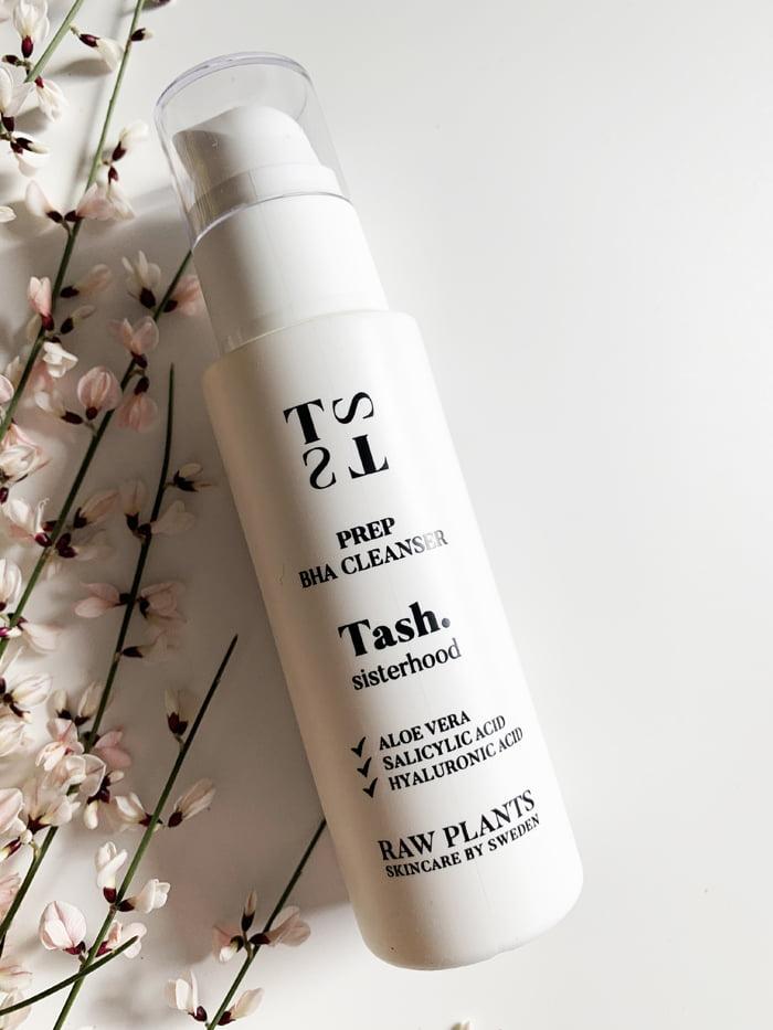 Hey Pretty Beauty Blog Review Tash Sisterhood Raw Plants Skincare by Sweden Prep BHA Cleanser