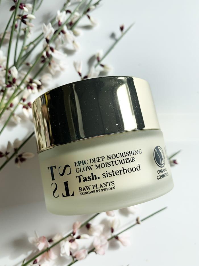 Hey Pretty Beauty Blog Review Tash Sisterhood Raw Plants Skincare by Sweden Epic Deep Nourishing Glow Moisturizer