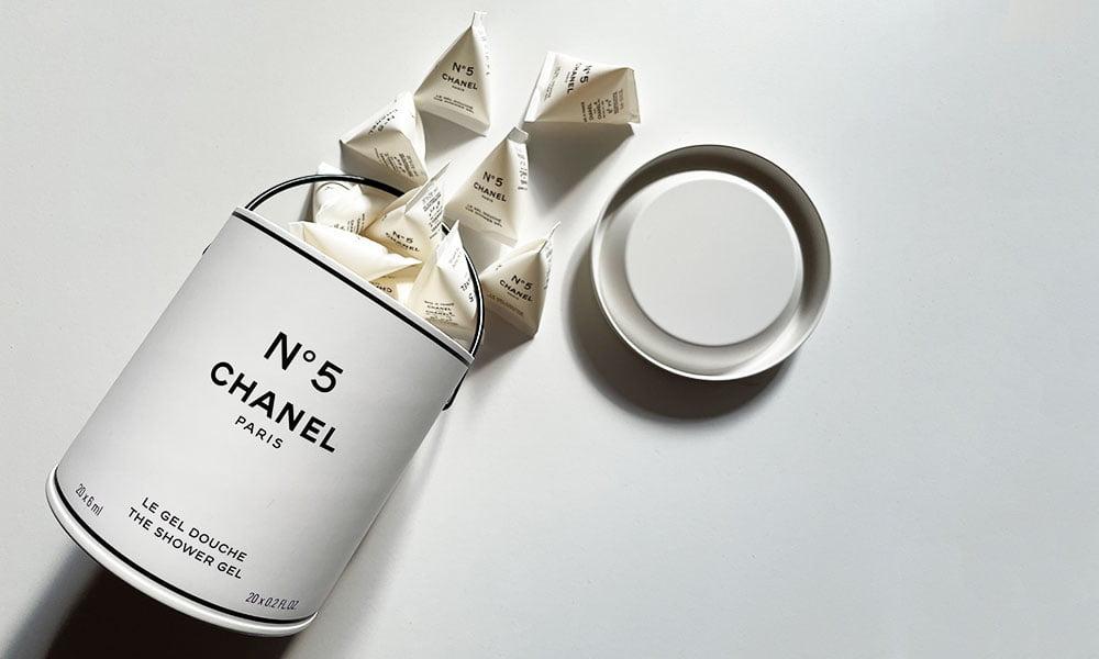 Chanel Factory 5 Limited Edition (zum 100-Jahre-Jubiläum von Chanel N° 5) auf Hey Pretty Schweiz: Review und Reisebericht Paris